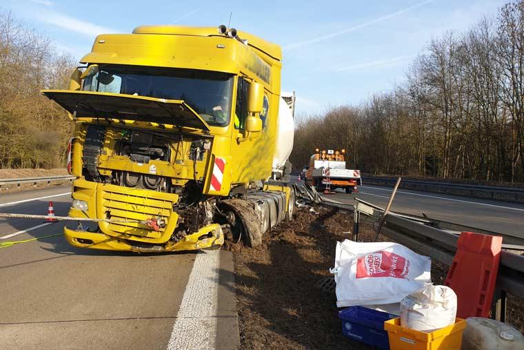 Zu einem Unfall kann es immer kommen - Bergungsdienst von Autohaus KOPP